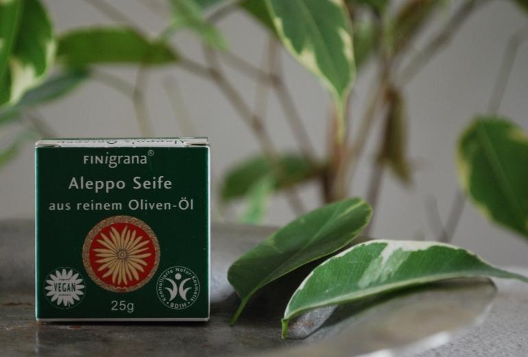 Aleppo Seife plastikfrei, Plastikfrei im Badezimmer, Zero Waste Kosmetik, Zero Waste Badezimmer, Less Waste Kosmetik, plastikfreie Kosmetik
